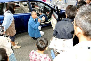 母と子の楽ラク運転講習会 2009年 指導風景