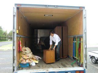 東日本大震災活動 トラック 支援物資