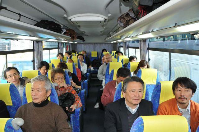 首都高速勉強会 バス内風景