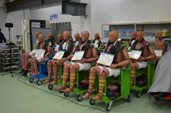 平成24年度 自動車アセスメント試験公開 ダミー人形